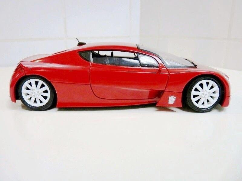 Peugeot RC Carreau - 2002 - Solido 1/18 ème Peugeo68