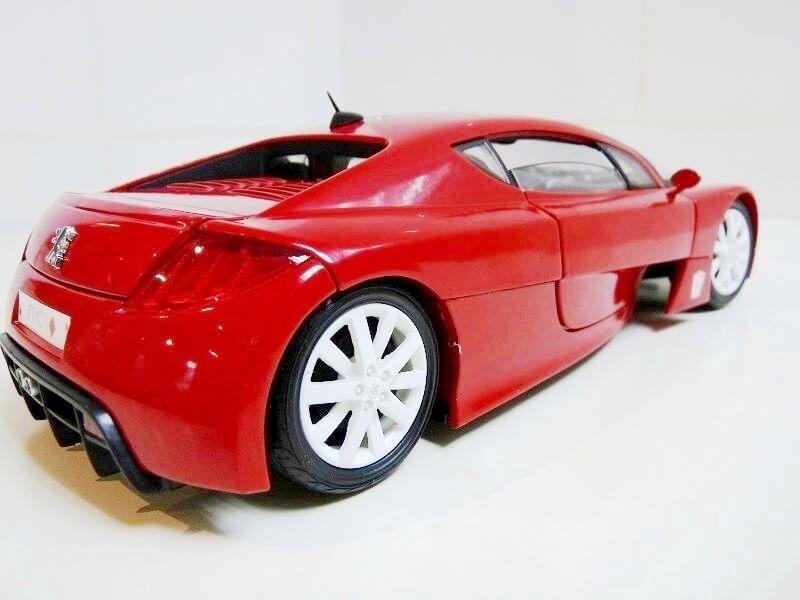 Peugeot RC Carreau - 2002 - Solido 1/18 ème Peugeo72