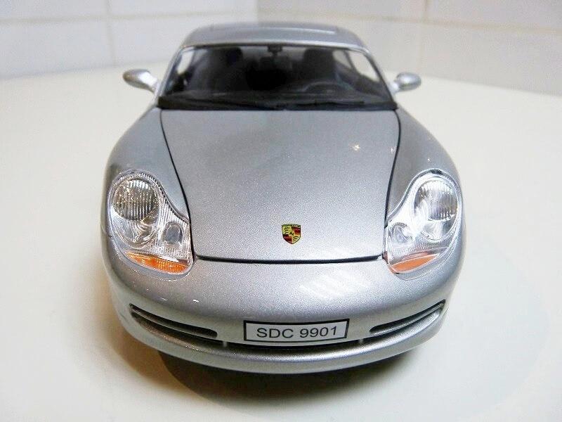 Porsche 911 Carrera Coupé - 1998 - Solido 1/18 ème Porsc102