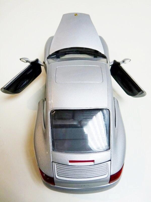 Porsche 911 Carrera Coupé - 1998 - Solido 1/18 ème Porsc103