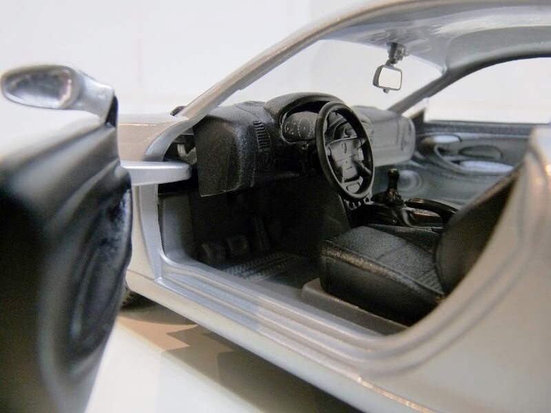 Porsche 911 Carrera Coupé - 1998 - Solido 1/18 ème Porsc106