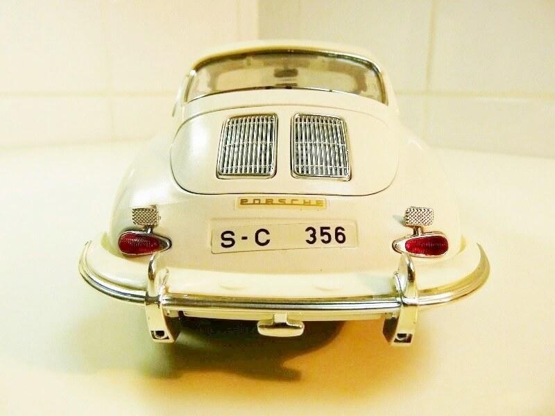 Porsche 356 B - 1961 - BBurago 1/18 ème Porsch14