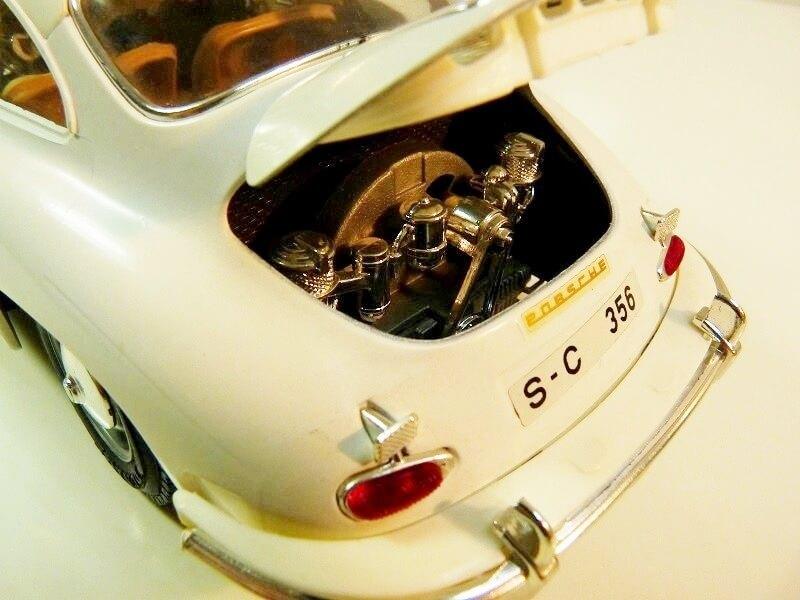 Porsche 356 B - 1961 - BBurago 1/18 ème Porsch17