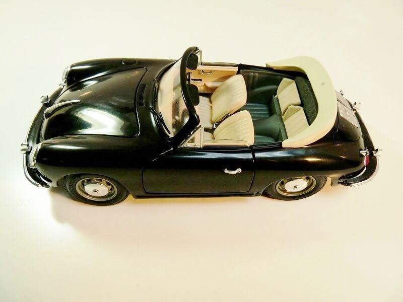 Porsche 356 S Cabriolet - 1961 - BBurago 1/18 ème  Porsch20