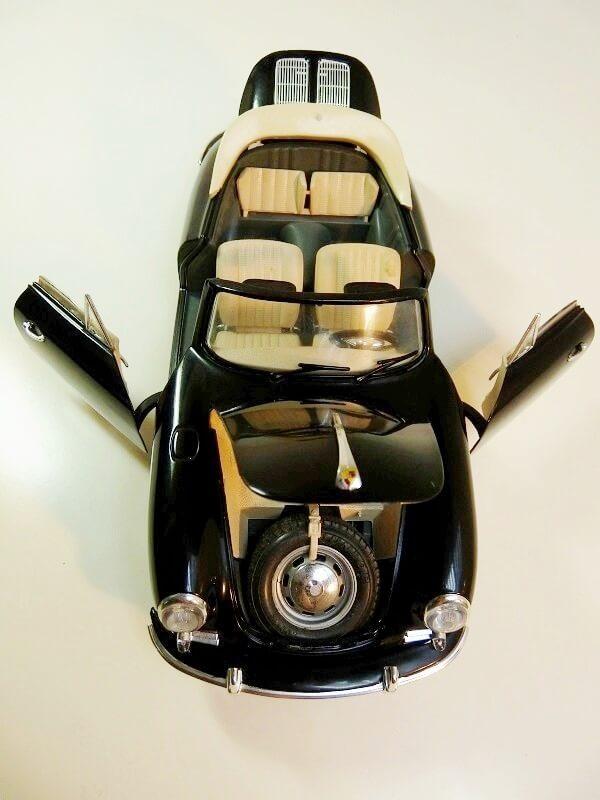 Porsche 356 S Cabriolet - 1961 - BBurago 1/18 ème  Porsch22