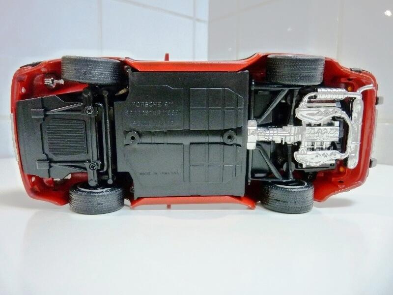 Porsche 911 Speedster - 1989 - Maisto Trophee 1/18 ème Porsch53