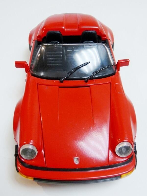Porsche 911 Speedster - 1989 - Maisto Trophee 1/18 ème Porsch60