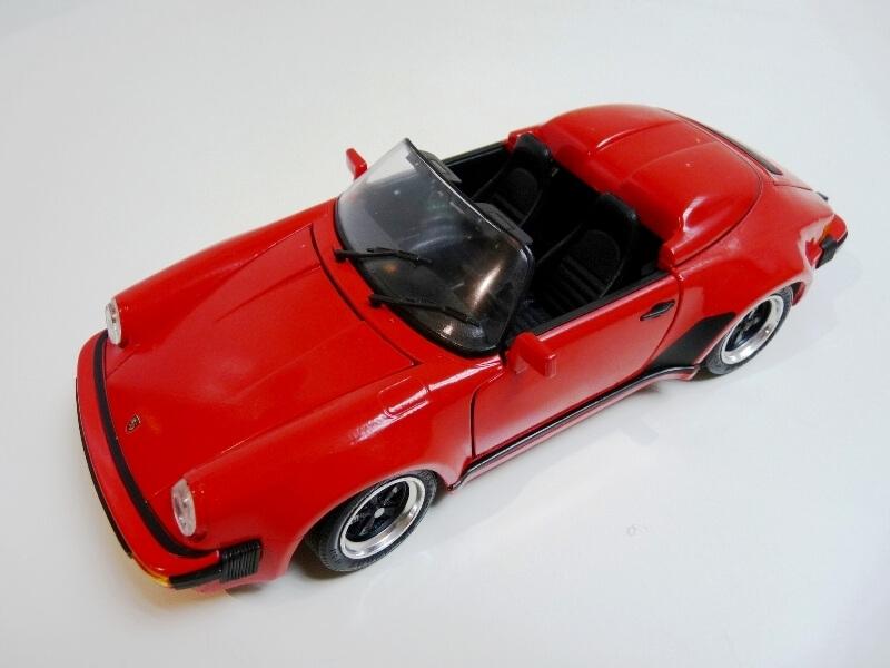 Porsche 911 Speedster - 1989 - Maisto Trophee 1/18 ème Porsch61