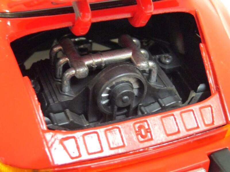 Porsche 911 Speedster - 1989 - Maisto Trophee 1/18 ème Porsch64