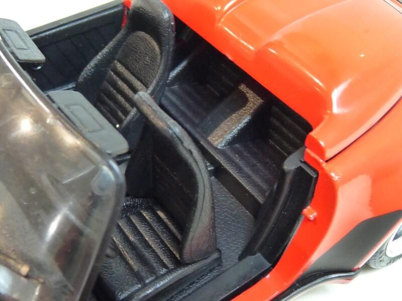 Porsche 911 Speedster - 1989 - Maisto Trophee 1/18 ème Porsch66