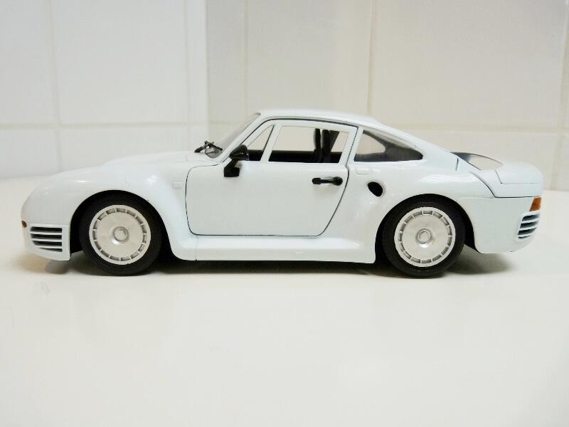 Porsche 959 - 1990 - Tonka Polistil 1/18 ème Porsch72