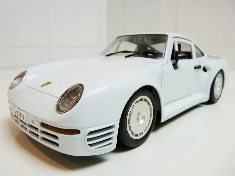 Porsche 959 - 1990 - Tonka Polistil 1/18 ème Porsch74