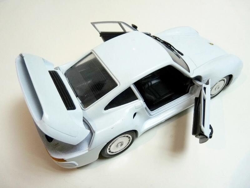 Porsche 959 - 1990 - Tonka Polistil 1/18 ème Porsch78
