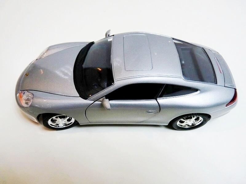 Porsche 911 Carrera Coupé - 1998 - Solido 1/18 ème Porsch99
