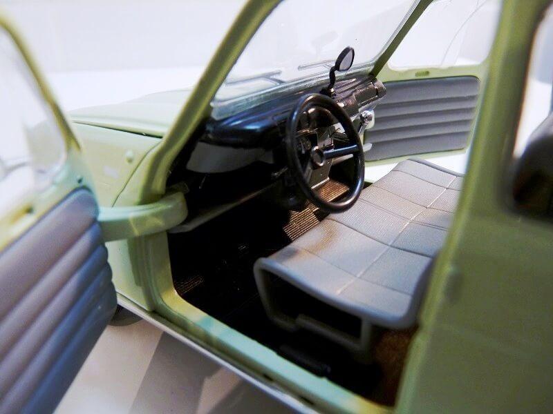 Renault 4L - 1962 - Solido 1/18 ème Renaul28