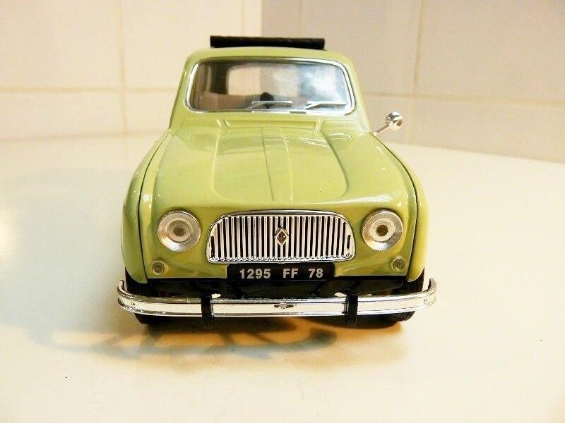 Renault 4L - 1962 - Solido 1/18 ème Renaul34