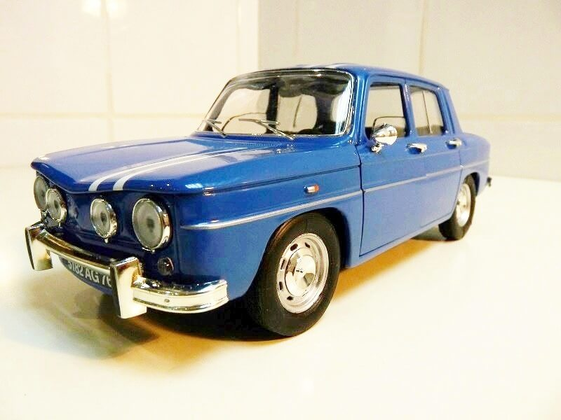 Renault 8 Gordini 1300 - 1967 - Solido 1/18 ème Renaul37