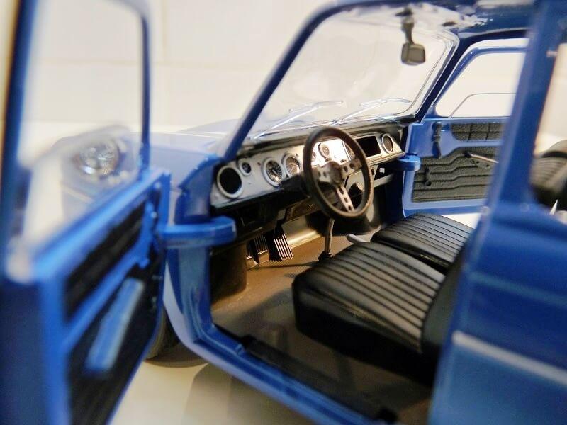Renault 8 Gordini 1300 - 1967 - Solido 1/18 ème Renaul38