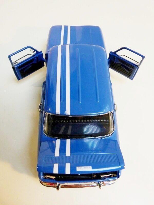 Renault 8 Gordini 1300 - 1967 - Solido 1/18 ème Renaul41