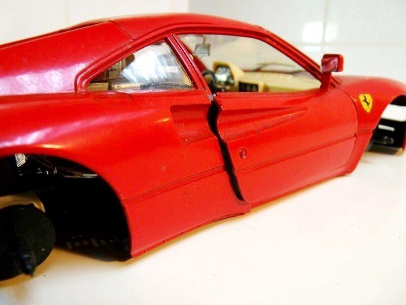 Restaurations de véhicules pour collection au 1/18éme Rep_fe15