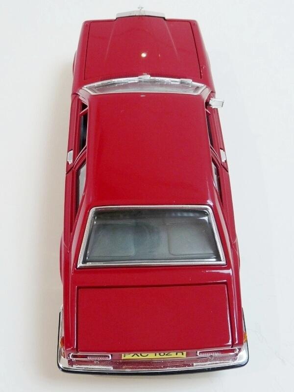 Rolls Royce Camargue - 1976 - Solido 1/22 ème Rolls103