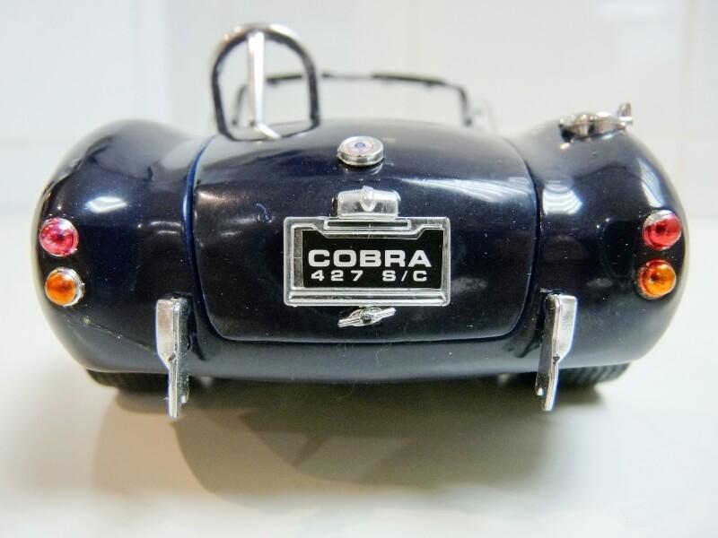 Shelby Cobra 427 S/C - 1966 - Road Tough 1/18 ème Shelby16