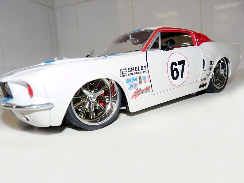 Shelby 500 GT KR - 1968 - Jada Toy 1/18 ème Shelby39