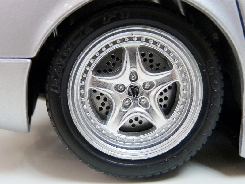 Shelby Série I - 1999 - BBurago 1/18 ème Shelby71