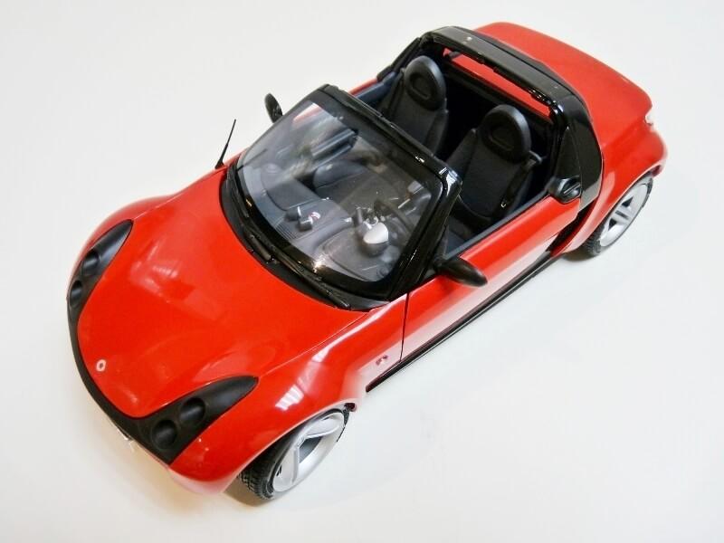 Smart Roadster - 2003 - Kyosho 1/18 ème Smart_12