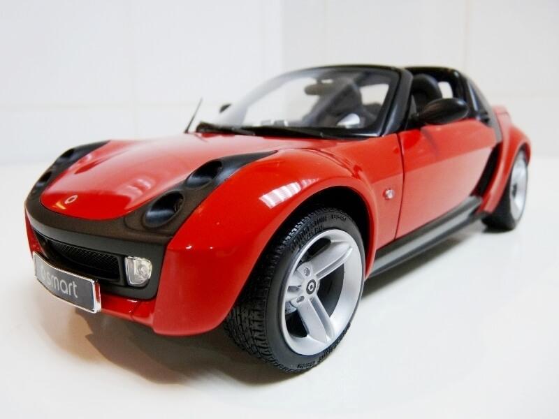 Smart Roadster - 2003 - Kyosho 1/18 ème Smart_13