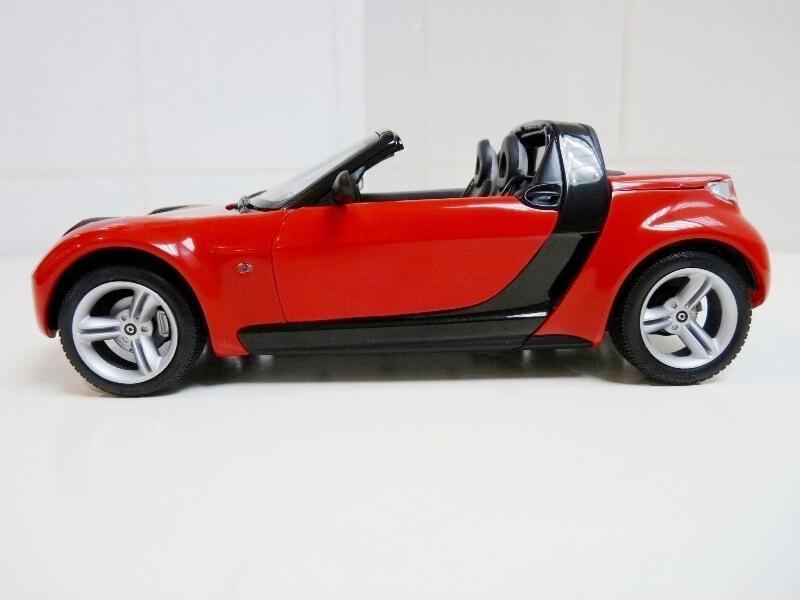 Smart Roadster - 2003 - Kyosho 1/18 ème Smart_15