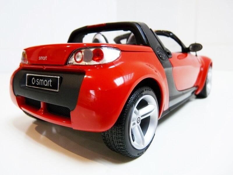 Smart Roadster - 2003 - Kyosho 1/18 ème Smart_18