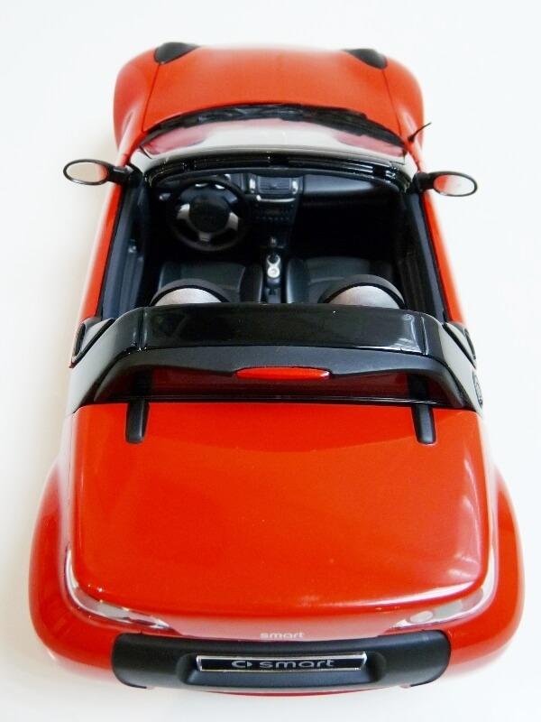 Smart Roadster - 2003 - Kyosho 1/18 ème Smart_26