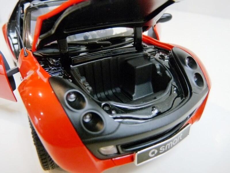 Smart Roadster - 2003 - Kyosho 1/18 ème Smart_32