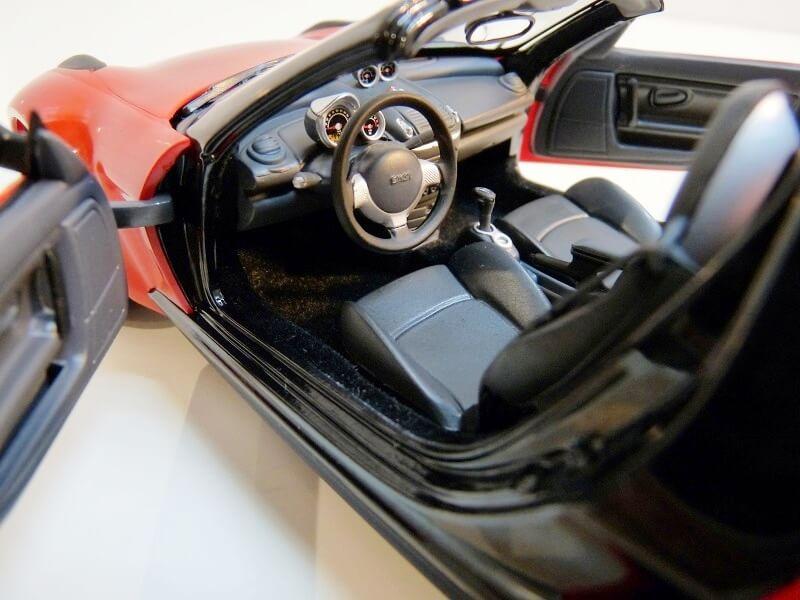 Smart Roadster - 2003 - Kyosho 1/18 ème Smart_33