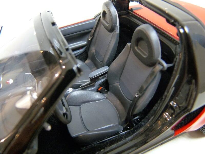 Smart Roadster - 2003 - Kyosho 1/18 ème Smart_34
