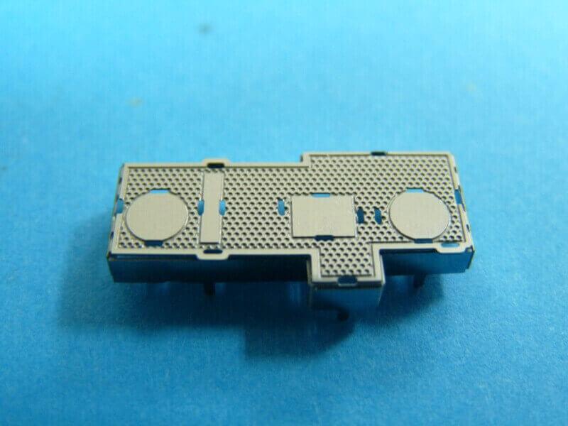 Titanic 3D métal kit au 1/2000 ème T002810