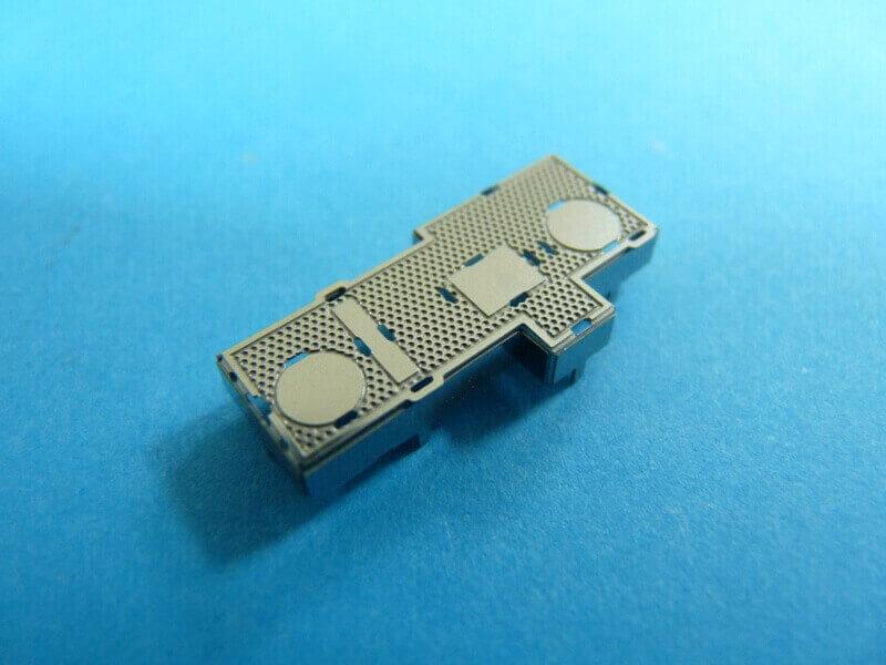 Titanic 3D métal kit au 1/2000 ème T002910