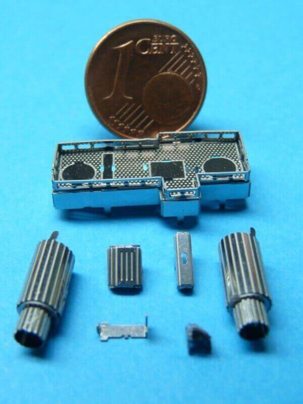 Titanic 3D métal kit au 1/2000 ème T005410