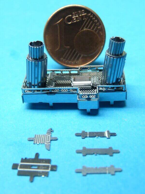 Titanic 3D métal kit au 1/2000 ème T005910