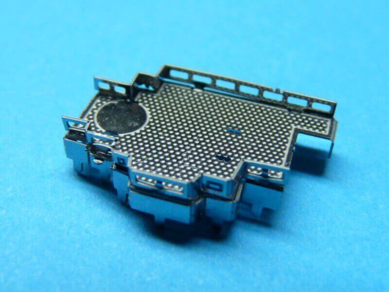 Titanic 3D métal kit au 1/2000 ème T006810