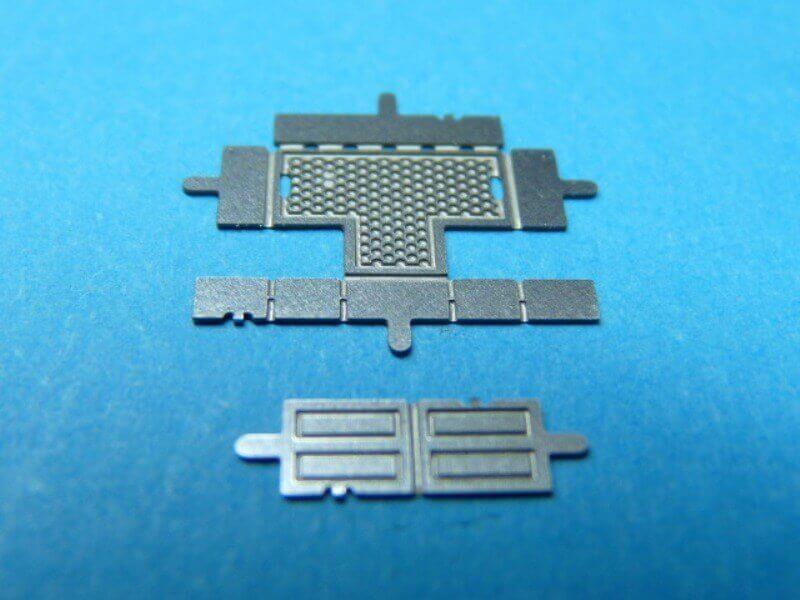 Titanic 3D métal kit au 1/2000 ème T007110