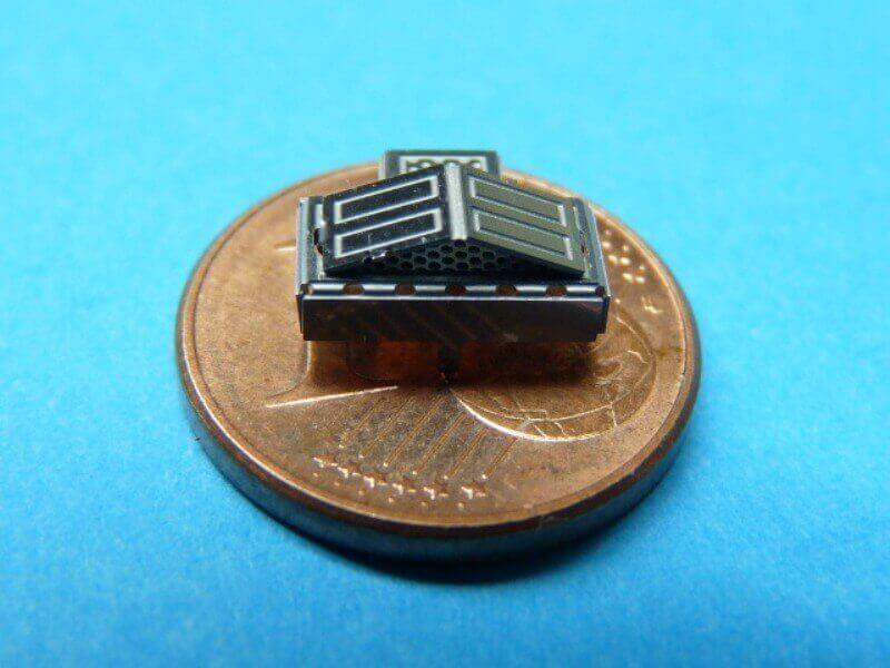 Titanic 3D métal kit au 1/2000 ème T007510