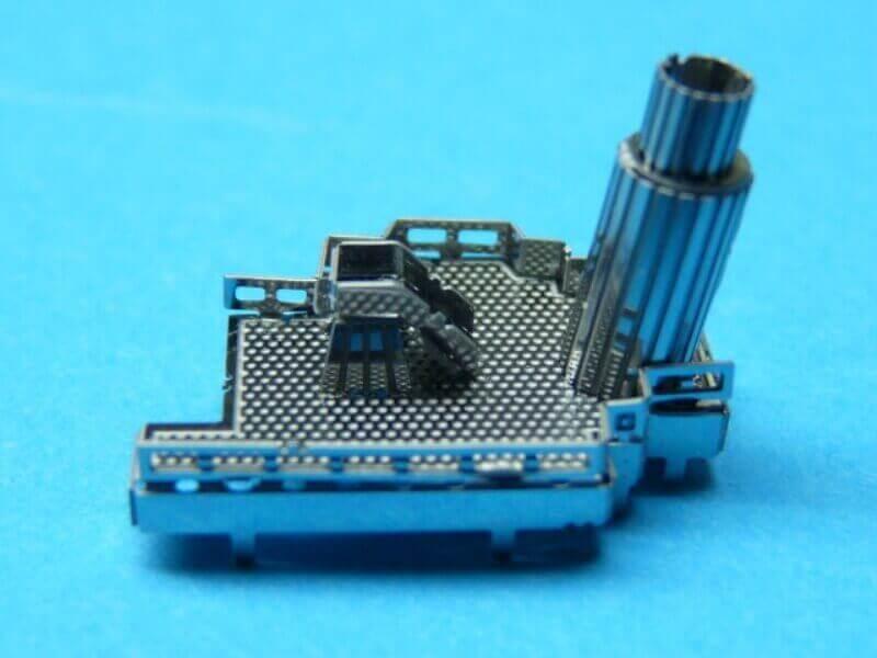 Titanic 3D métal kit au 1/2000 ème T008110