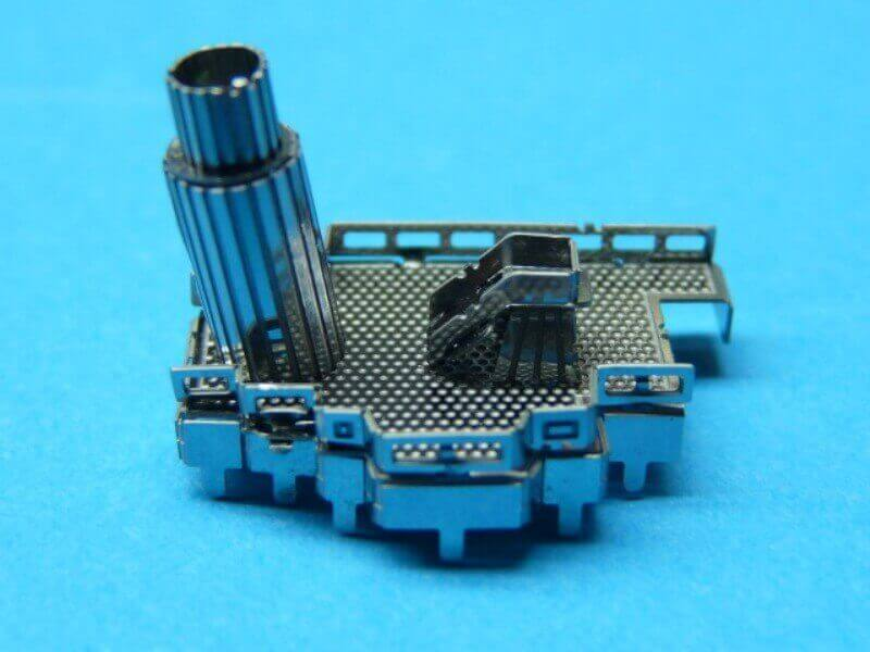 Titanic 3D métal kit au 1/2000 ème T008210