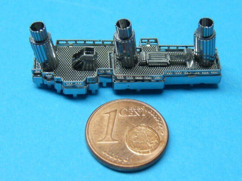 Titanic 3D métal kit au 1/2000 ème T008710