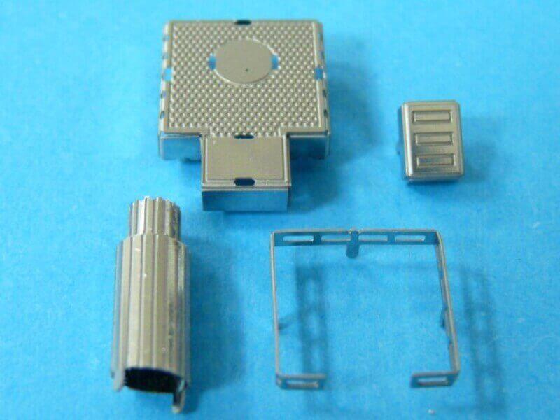 Titanic 3D métal kit au 1/2000 ème T009010