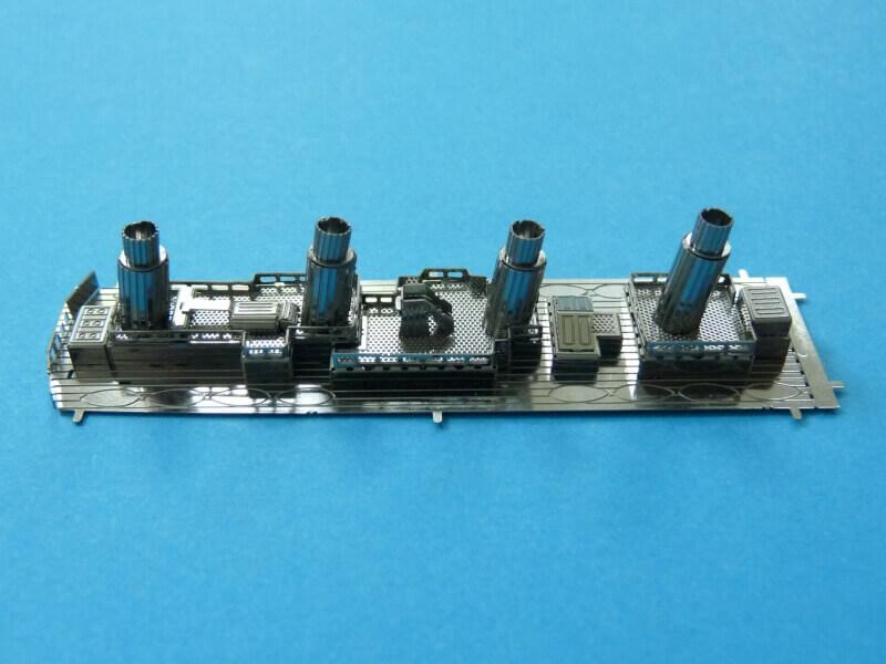 Titanic 3D métal kit au 1/2000 ème T010010