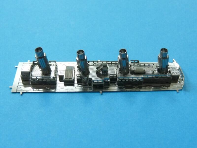 Titanic 3D métal kit au 1/2000 ème T010310