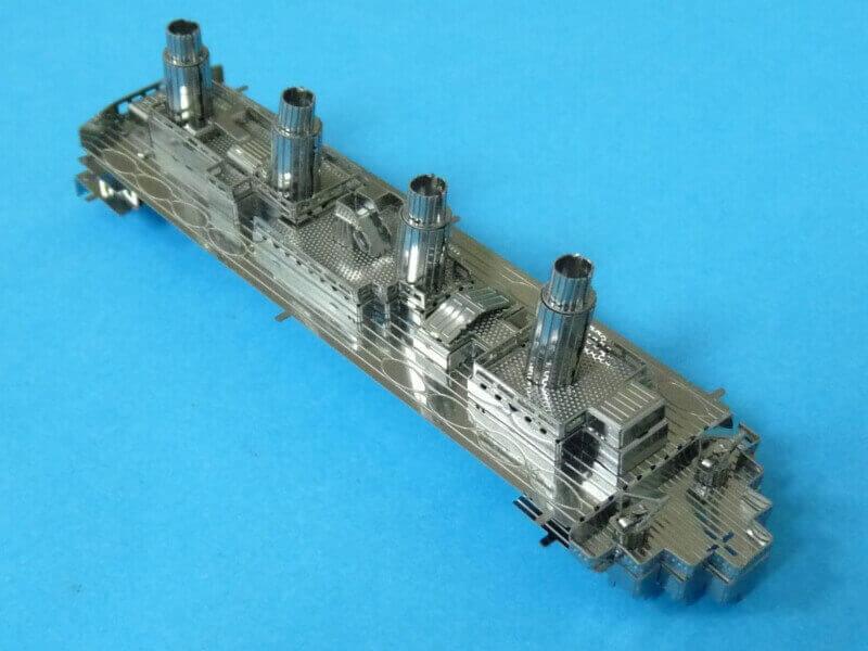 Titanic 3D métal kit au 1/2000 ème T014310